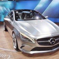 Концепт-кар Mercedes-Benz . Видео на YouTube.com/IGORAIKO . :: Игорь Абрамов