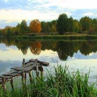 Мостик в осень :: Иван Гиляшев