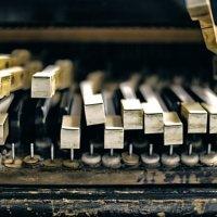 piano... piano :: Роман Родионов