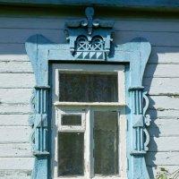 Окно старого дома :: Владимир Орлов
