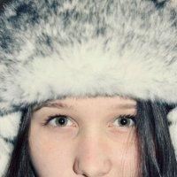 *** :: Polinka Saraeva