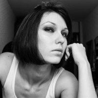 self-portrait :: Анастасия Ольгимская