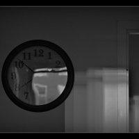 уплывающее время :: Ludmila