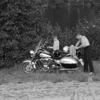 Папа, сын и мотоцикл :: Николай Варламов