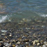Прозрачный накат волны :: sorovey Sol