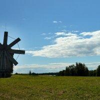 Старинная ветреная мельница.Ос КИжи. :: Маry ...