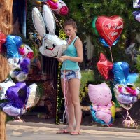 Продавщица шаров :: Владимир Болдырев
