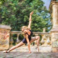 Танцующая :: Творческая группа КИВИ