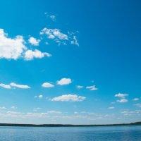 Синее синее озеро... :: Любовь Назарова