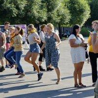 танцы :: Евгений Рябков