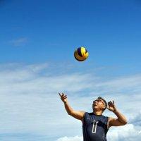 из серии Пляжный волейбол :: Борис Коктышев