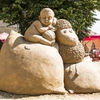 Скульптуры из песка :: Лариса Лунёва