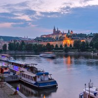 Вечером у реки :: Андрей Пашков