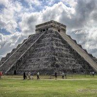 Чичен-Ица. Кукулькан. Древний город майя. :: Надежда Середа