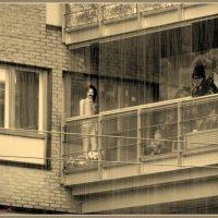 Хельсинки.Фигура на балконе... :: vadim