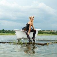 Девушка с ванной :: Finist_4 Ivanov