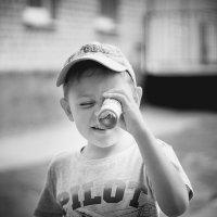 Мир через калейдоскоп смотрится веселей... :: Сергей Бутусов