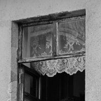 у окна :: Павел WerwolF