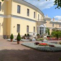 В садике императрицы :: Ольга