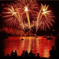 На фестивале фейерверков в Костроме! :: Владимир Шошин