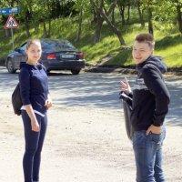 Мальчик с девочкой дружил, Мальчик дружбой дорожил. :: A. SMIRNOV