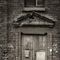 Дверь в прошлое :: Людмила Ли