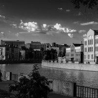 Закат в чернго-белых тонах с Харьковского моста. Харьков :: Игорь Найда
