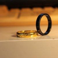 кольцо всевластия и чёрное кольцо :: Михаил Светличный
