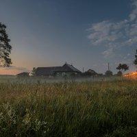 Утро в придорожном хуторе :: Константин Бобинский