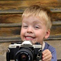 улыбочку ! :: Алексей Неустроев