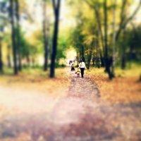 Прогулка по парку :: Аня Тарасова