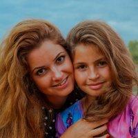 мама с дочкой :: Михаил Святов