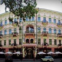 """гостиница """"Бристоль! :: Александр Корчемный"""