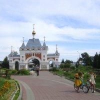 Врата в храм открыты для всех . :: Мила Бовкун