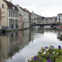Гент. Река Лейе, протекающая в самом центре города :: Елена Павлова (Смолова)