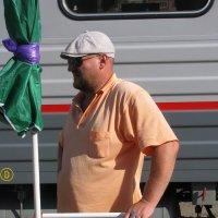 Тяжелый мужской  труд :: Андрей Божьев