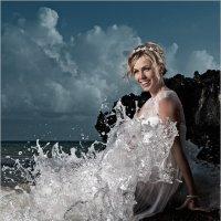 Портрет девушки в свадебном платье на пляже :: Дмитрий Филиппов