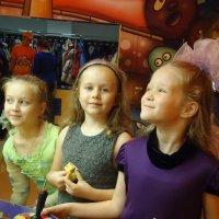 Маленькие подружки :: Катерина Калининкова