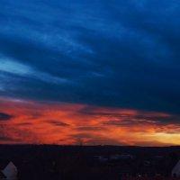Закат с балкона :: Андрей Бойко