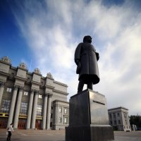 Памятник эпохе :: Владимир Немцев