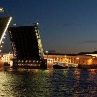 Мосты разведены :: Евгений Юрченко