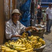 Продавец бананов :: Sergey Medvedev