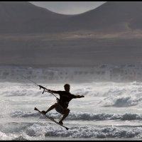 Море,солнце,брызги,кайт :: Александр Константинов