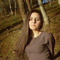 999 :: Ксения Холод