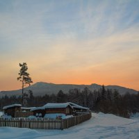 Закат над г. Малиновая :: Павел Меньшиков