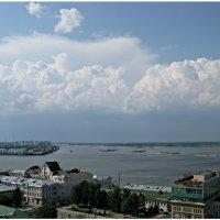 Облака над Стрелкой :: Валерий Оболенский