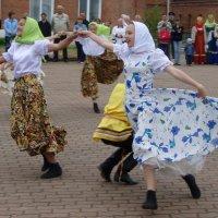 Танец :: Сергей Комков