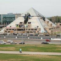 Пирамида :: Vladimir Radchenko