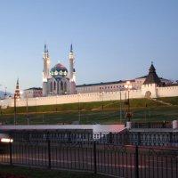 Казанский кремль и Мечеть Кул Шариф :: Vladimir Radchenko