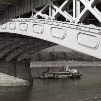 Из под моста :: Alexander Reiz
